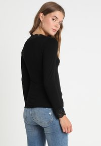 Morgan - TRACY - Long sleeved top - noir - 2