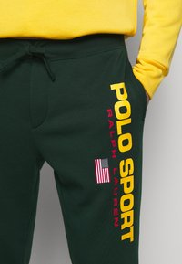 Polo Ralph Lauren - Pantalon de survêtement - college green - 6