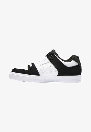 PURE ELASTIC - Skate shoes - white black basic