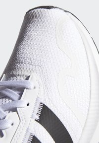 adidas Originals - SWIFT SPORTS STYLE SHOES - Sneakers laag - white - 9