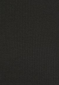 Even&Odd - Langærmede T-shirts - black - 6