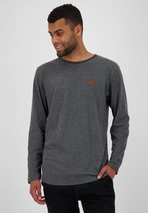 Long sleeved top - moonless