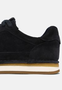 Clarks - CRAFTRUN LACE - Trainers - navy - 6