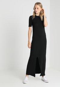 New Look Tall - T-SHIRT DRESS  - Maxi dress - black - 1