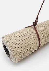 Bahe - ECOMAT PRO 4MM - Fitness/jóga - oat/mulberry - 3