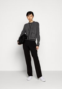 KARL LAGERFELD - TEXTURED CARDIGAN - Cardigan - black/white - 1