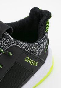 Kappa - FEENY - Scarpe da fitness - black/lime - 5