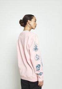 NEW girl ORDER - MOVE YOUR BODY  - Sweatshirt - pink - 2