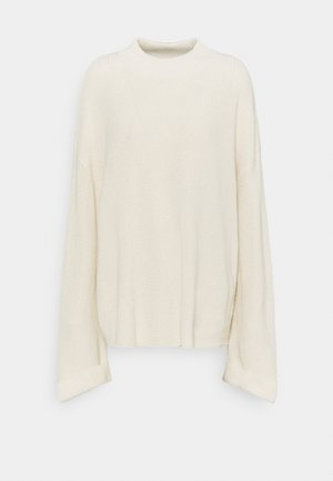 WIDE SLEEVE TURTLENECK - Jumper - off white