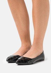 Head over Heels by Dune - HARPEY - Baleriny - black - 0