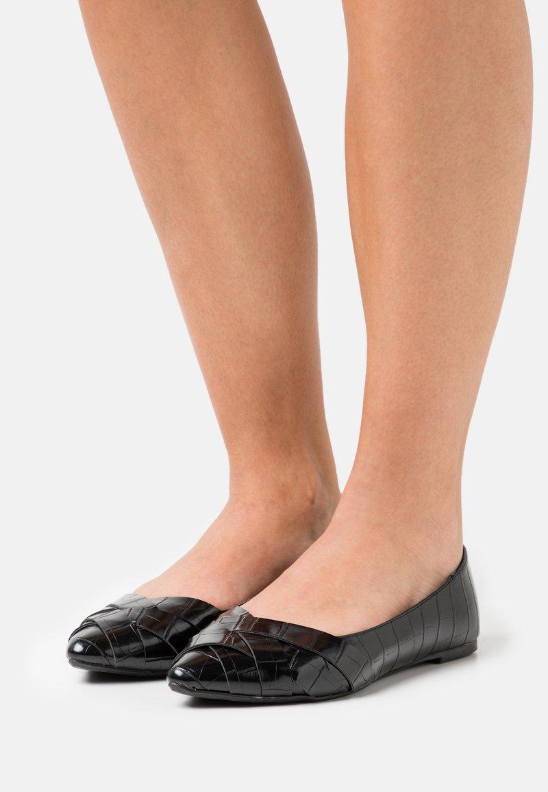 Head over Heels by Dune - HARPEY - Baleriny - black