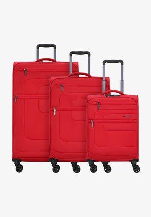 SET - Kofferset - red