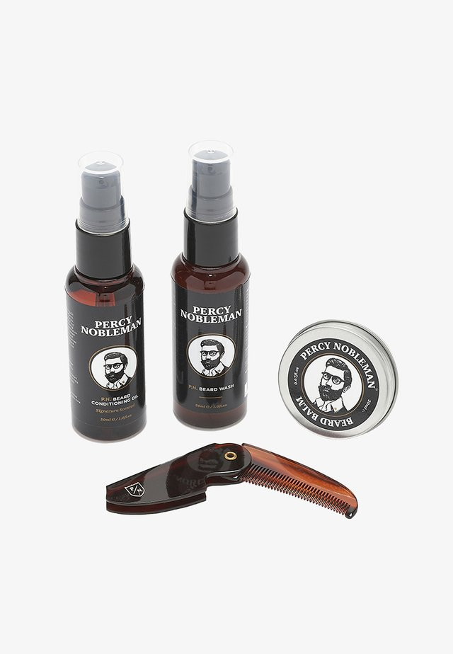 BEARD GROOMING KIT (TRAVELSIZE) - Scheerset - -