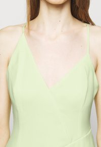 BCBGMAXAZRIA - EVE SHORT DRESS - Cocktailkjole - light green - 6
