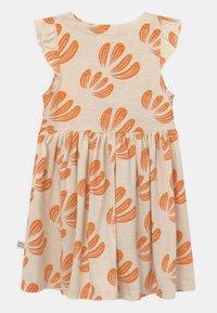 Mainio - ANEMONE BUTTON  - Jersey dress - beige - 1