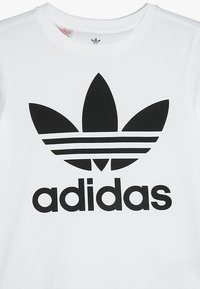 adidas Originals - TREFOIL - T-shirt print - white/black - 3