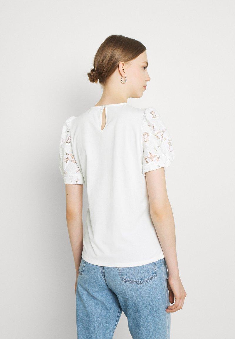 Vila - VIABRO - Basic T-shirt - cloud dancer