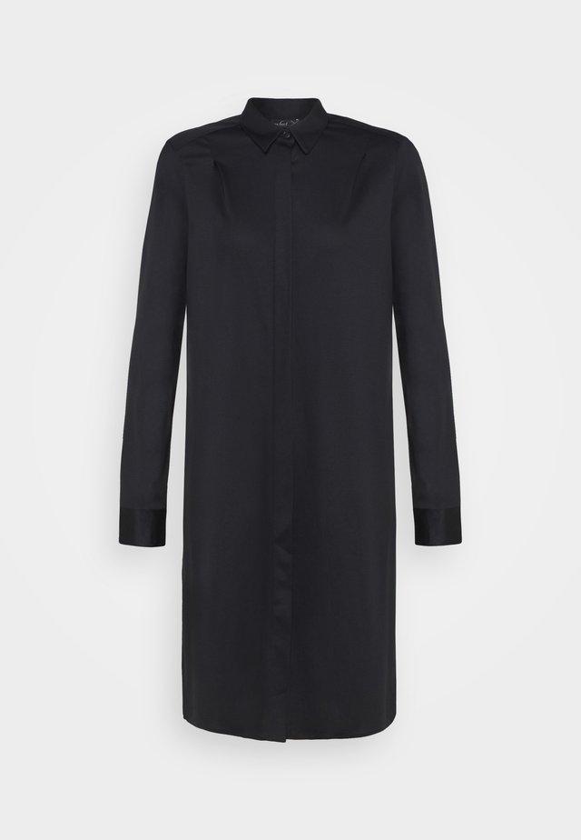 MERET - Sukienka koszulowa - schwarz