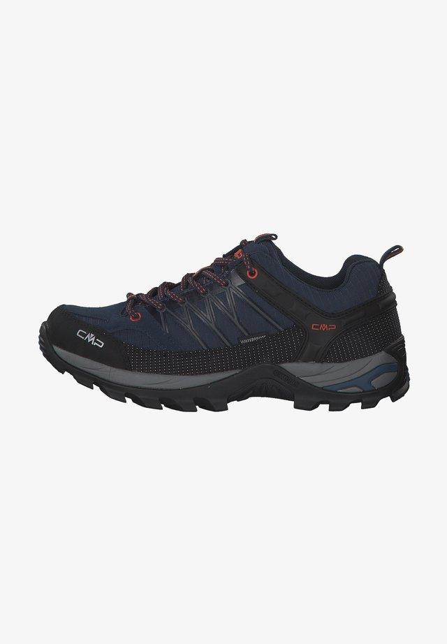 Hiking shoes - artico-chili