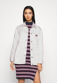 Tommy Jeans - WORKWEAR - Short coat - work white rigid - 0