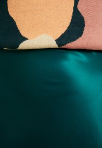 Monki - BAILEY SKIRT - Falda larga - dark green - 5