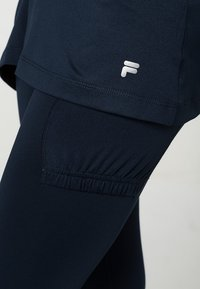 Fila - SKORT SINA 2-IN-1 - Leggings - peacot blue - 4