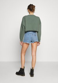 Abrand Jeans - A HIGH RELAXED SHORT - Denim shorts - salty blue