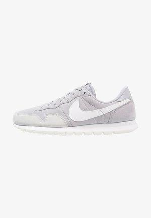 AIR PEGASUS 83 - Sneaker low - grey