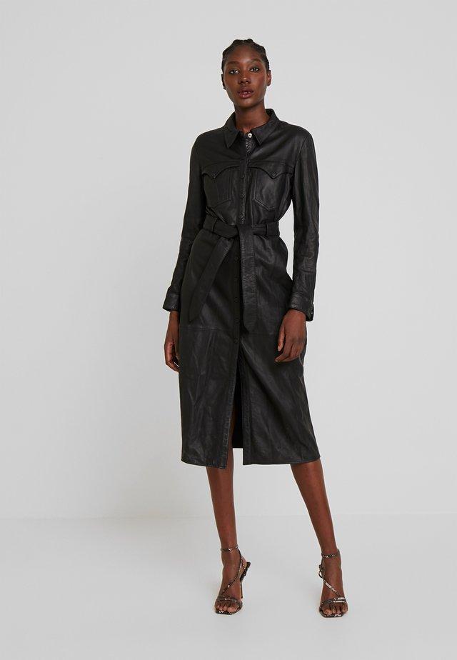 ELIZABETH - Abito a camicia - black