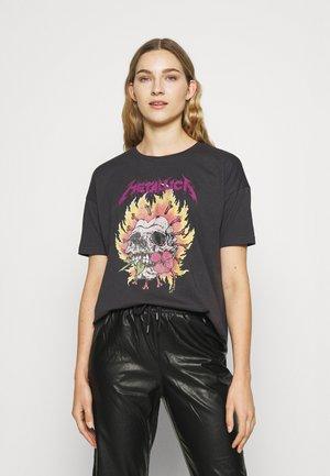 ONLMATALLICA TOP BOX - T-shirt z nadrukiem - phantom