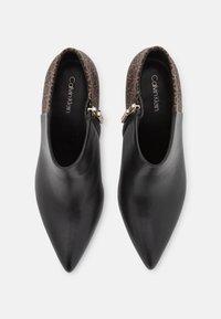 Calvin Klein - ESSENTIAL MIX - High heeled ankle boots - black/brown mono - 5