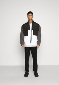 Mennace - DOUBLE POCKET BORG ZIP THRU - Summer jacket - grey - 1