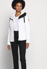 Barbour International - LIGHTNING QUILT - Light jacket - optic white/black - 4