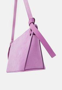 Rejina Pyo - RAMONA BAG - Handtas - purple - 4