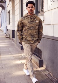 The North Face - PRINTED CLASS FANORAK - Outdoorová bunda - olive - 1