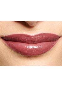 IsaDora - PERFECT MOISTURE LIPSTICK - Lipstick - cinnabar - 4