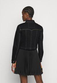 Versace Jeans Couture - LADY JACKET - Denim jacket - black - 2