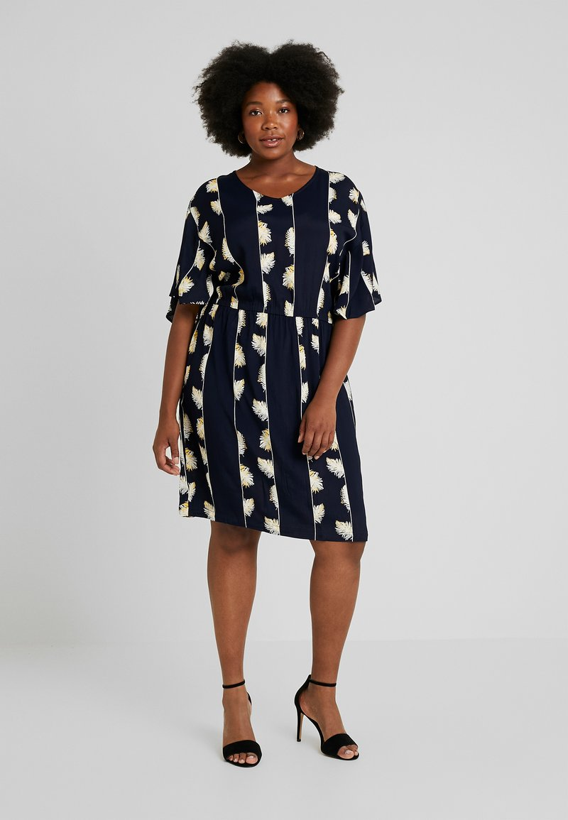 ADIA - DRESS KNEELENGTH - Korte jurk - navy