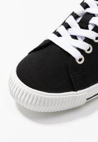 Calvin Klein Jeans - DIAMANTE - Joggesko - black - 2