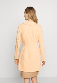 4th & Reckless - JESSIE DRESS - Cappotto corto - orange - 2