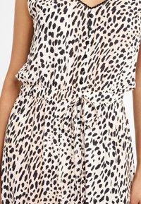 LASCANA - Maxi dress - sand bedruckt - 4