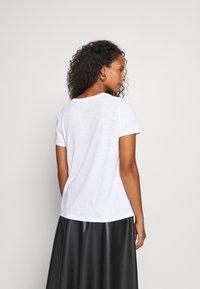 Marc O'Polo - SHORT SLEEVE ROUND NECK - Print T-shirt - multi/white - 2