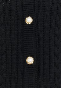Gestuz - RAWANGZ COLLAR CARDIGAN - Cardigan - black - 2