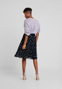 Minimum - VINETTA - A-line skirt - black - 2
