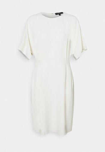 KIMONO ROSINA - Shift dress - ivory