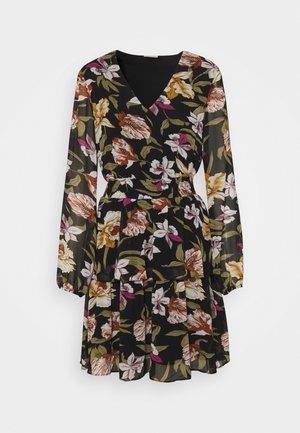 VIFULLA V NECK DRESS - Robe d'été - black