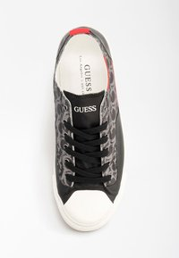 Guess - EDERLE - Trainers - black - 3