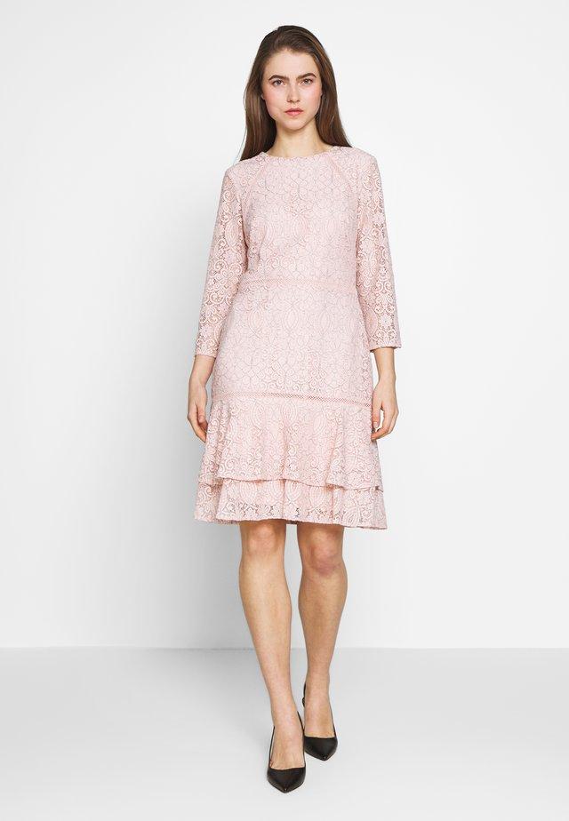 CHINE DRESS TRIM - Kjole - pink macaron