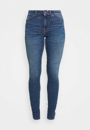SHELLY - Jeansy Skinny Fit - medium blue