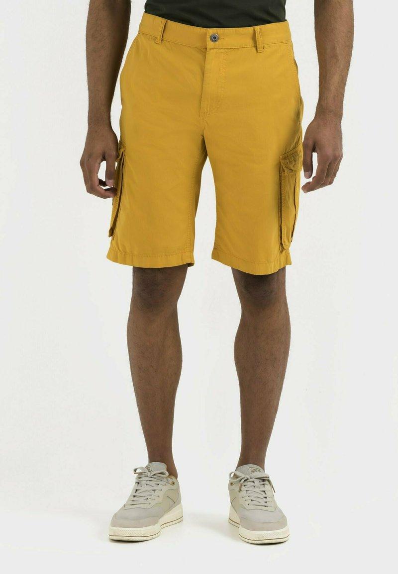 camel active - REGULAR FIT - Shorts - gold